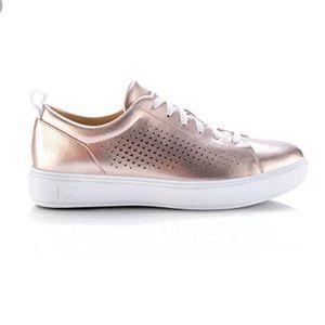 Gold Fashion Sneaker ✨